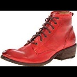 Fry Carson lace-up boot, size 7